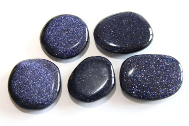 Авантюрин: магические свойства камня и кому подходит