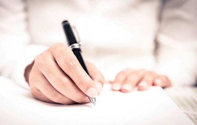 Приворот на бумаге: инструкция белого заговора на любовь парня