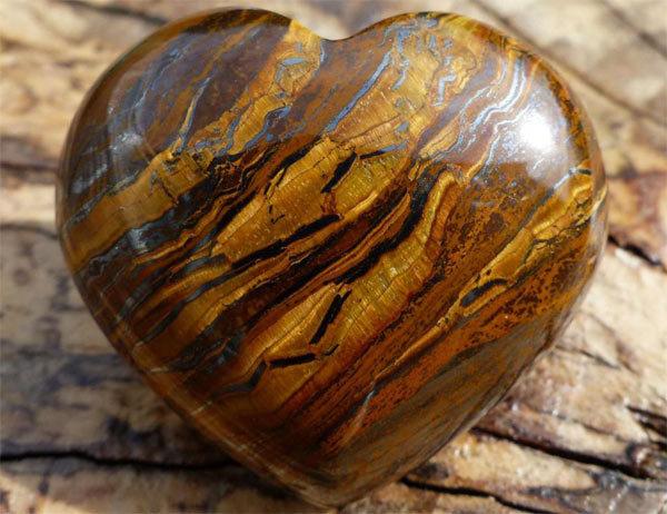 Камень тигровый глаз: магические свойства по знаку зодиака