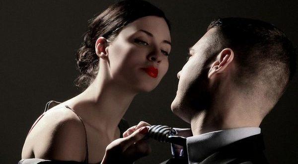 Поведение и мысли привороженного: что чувствует мужчина