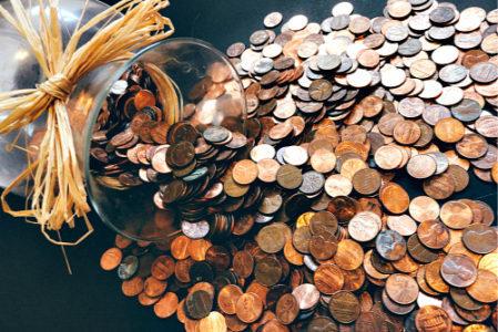Заговор на булавку на удачу и деньги: читать в новолуние