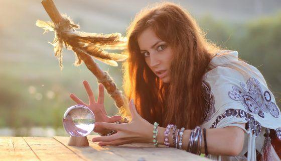 Что такое приворот и чем он опасен: сила магии