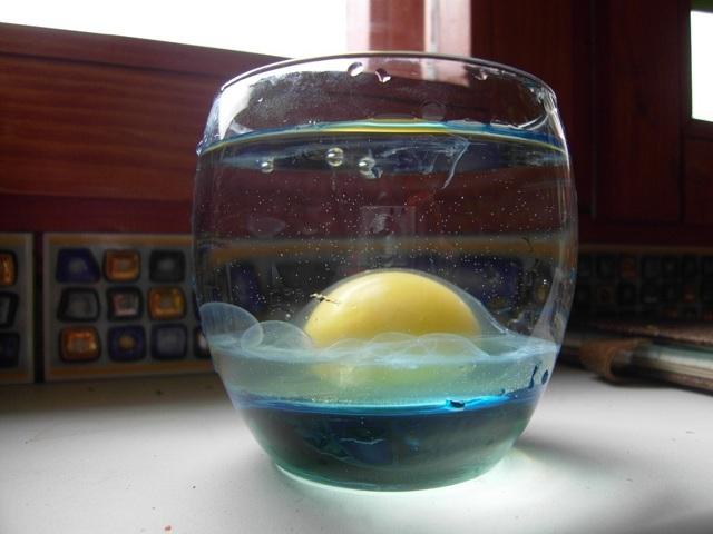 Как проверить порчу яйцом: диагностика и расшифровка