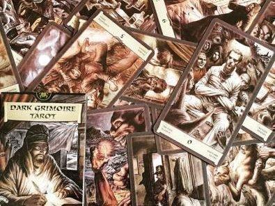 Таро Черный Гримуар: значение карт в колоде Некрономикон