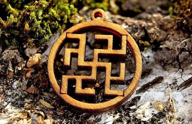 Оберег Одолень трава: толкование значения символики