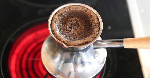 Гадание на кофе: буквы и их толкование