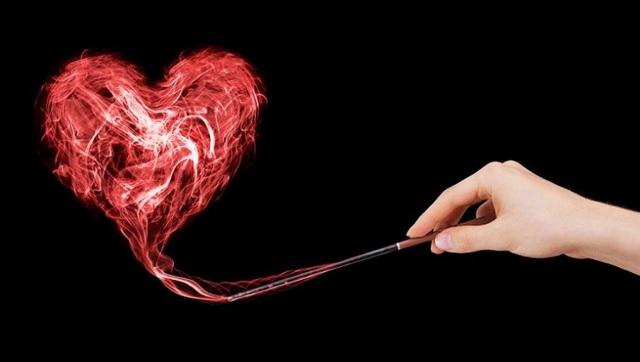Приворот в полнолуние на любовь мужчины: как читать