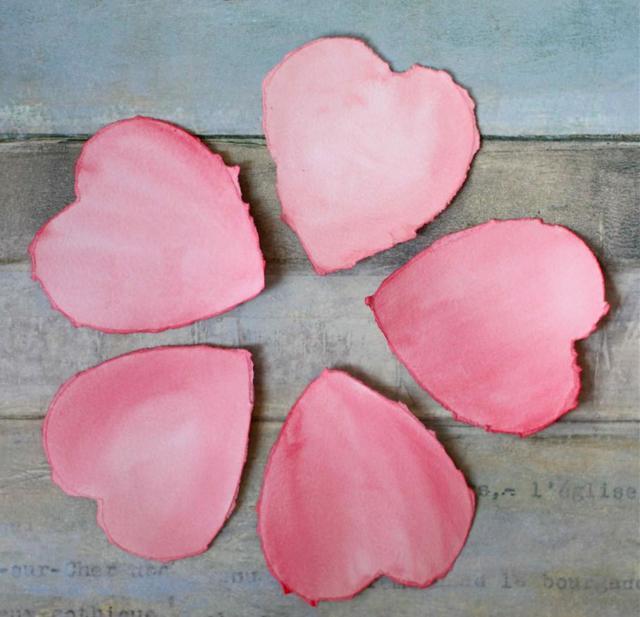 Гадание на сердечках и клеточках на любовь и отношения
