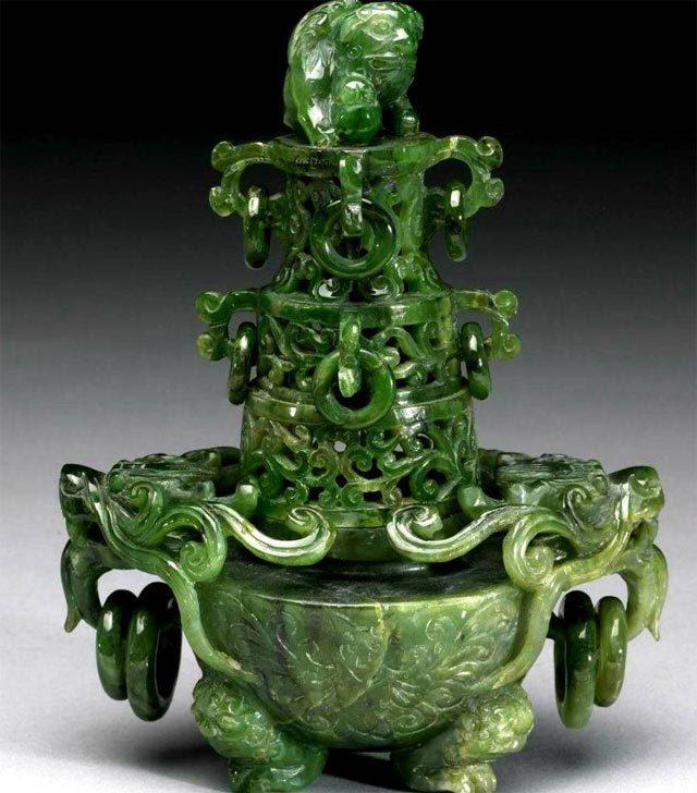 Нефрит: магические свойства камня и какому знаку зодиака подходит