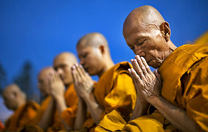Буддийские мантры: мощные священный тексты на каждый день