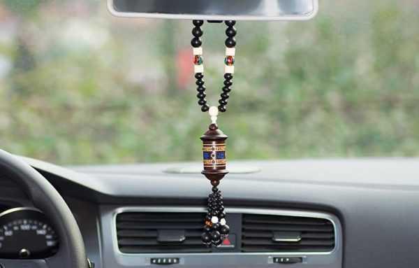 Оберег в машину: талисман для водителя своими руками