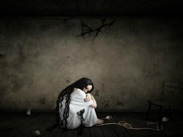 Порча на одиночество: как определить и снять с себя самостоятельно