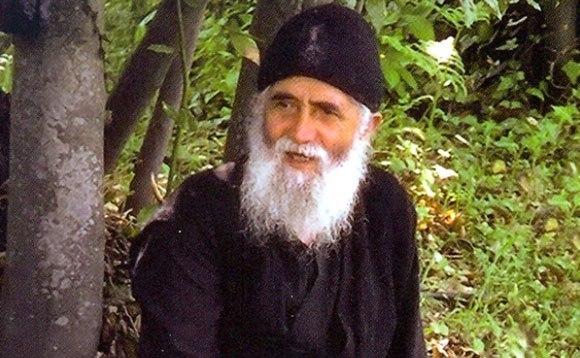 Что говорит церковь о порчах и сглазах: советы православных старцев