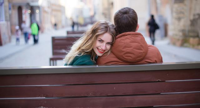 Магия любви: как влюбить в себя парня в домашних условиях