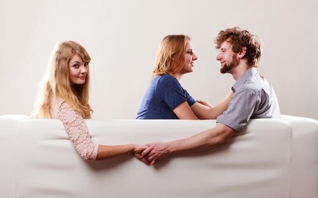 Как приворожить женатого мужчину без последствий для себя