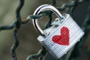 Приворот на любовь: как сделать в домашних условиях
