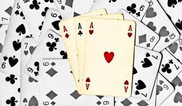 Гадание на 4 туза на желание: толкование значения