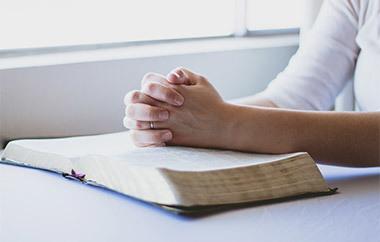 Заговор от бородавок: как читать на нитку от шипицы