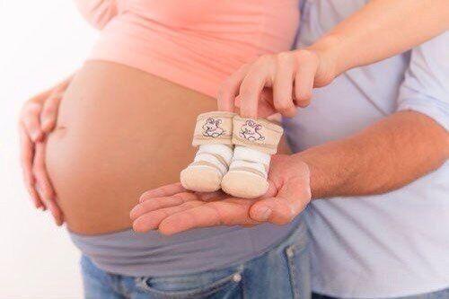 Заговоры на беременность: читать в домашних условиях