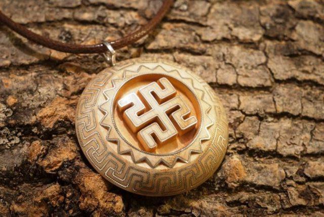 Славянские обереги: виды и значение языческих амулетов