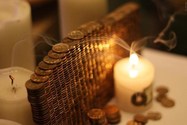 Черная магия на деньги и богатство с быстрым результатом