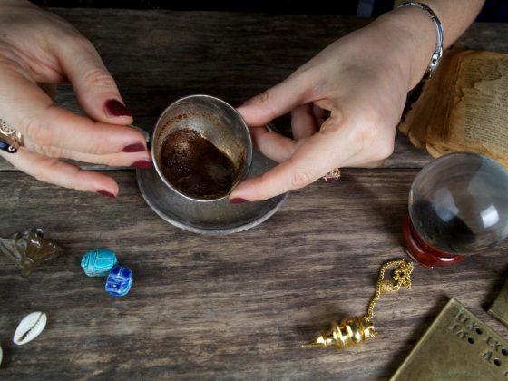 Гадание на кофе: цифры и их толкование на гуще