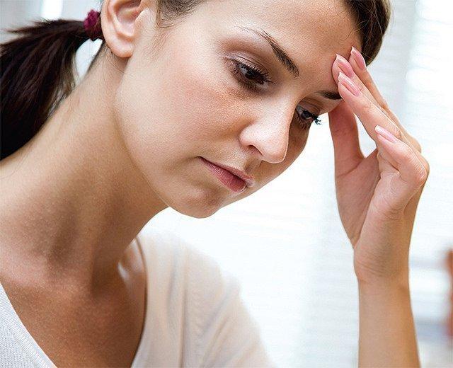 Мантра от головной боли: какие тексты читают при мигрени