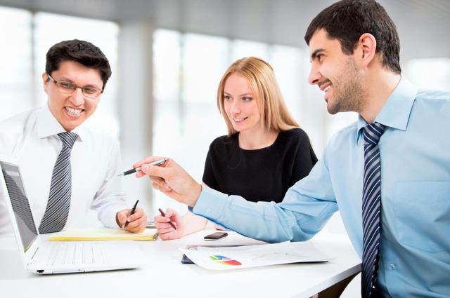 Заговор на уважение: обряд на почет на работе