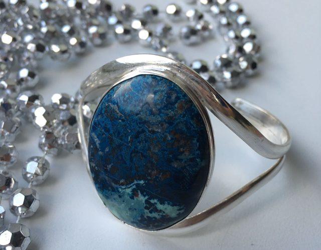Лазурит: магические свойства камня и знак зодиака