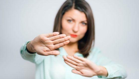 Заговор чтобы разлюбить человека: правила проведения ритуала