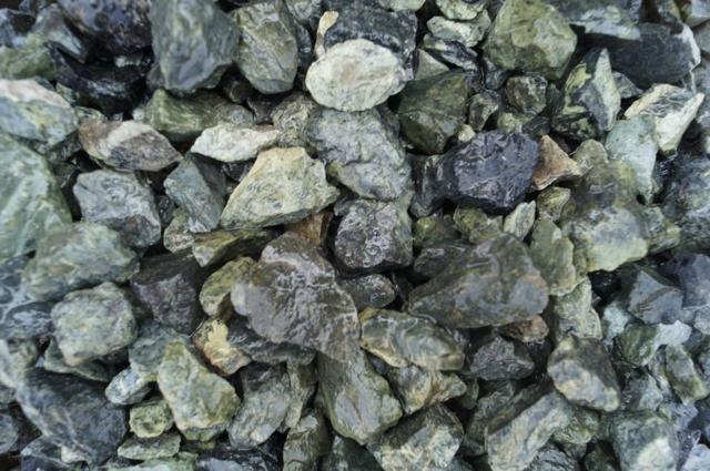 Камень змеевик: магические свойства для знака зодиака