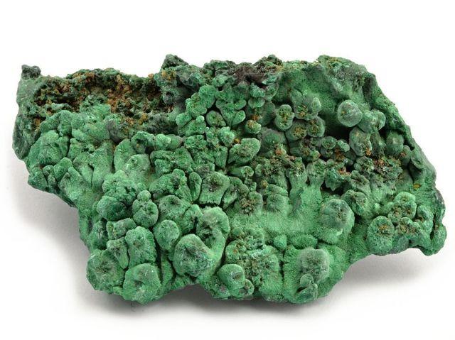 Малахит: магические свойства камня для женщин как оберега