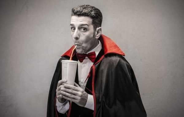 Оберег от энергетического вампира: как защититься на работе
