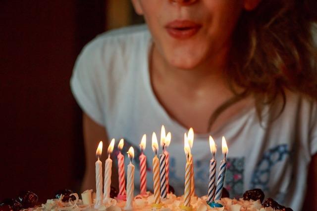 Гадание на День рождения на будущее и на любовь: значение карт