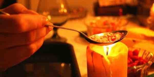 Гадание на свечах и воде на отношения и судьбу