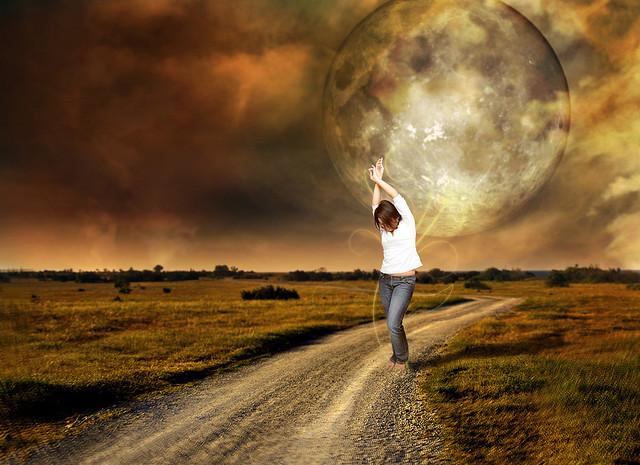 Денежные ритуалы на новолуние: обряды для привлечения богатства